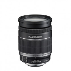 Canon EF 18-200mm IS